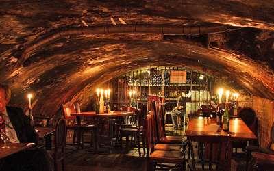 Los 5 bares de vino más antiguos de Europa